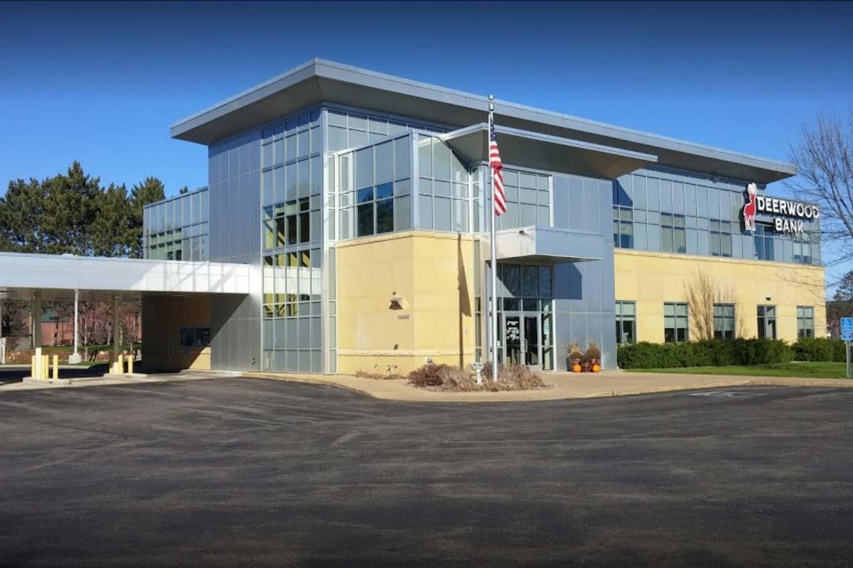 Deerwood Bank Baxter Minnesota Location